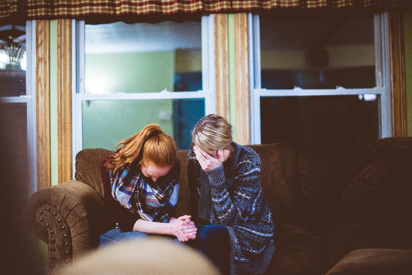 家族がうつ病っぽい…どう対応すべき?誰に相談したらいいかわからないあなたへ01